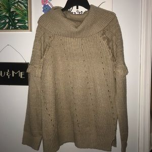 NWT Knox Rose Fringe Sweater 🖤